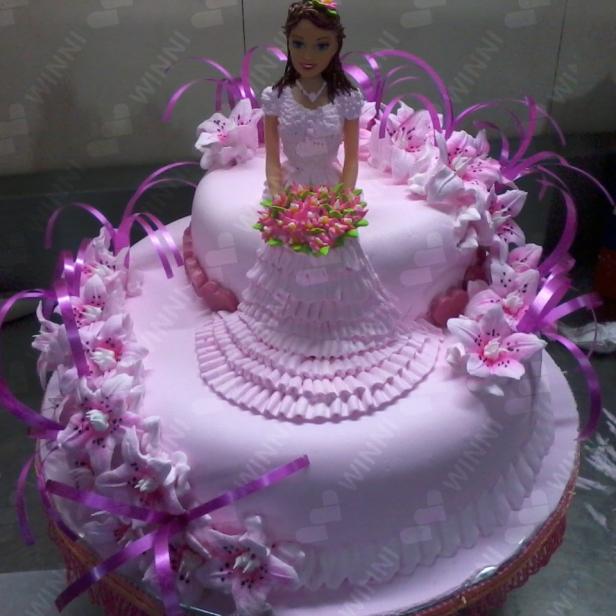 Pleasant Birthday Party For 2 5 Years Old Kids Winni Cake Flowers Funny Birthday Cards Online Benoljebrpdamsfinfo